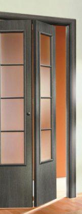 дверь-книжка, симметричная, с матовым стеклом