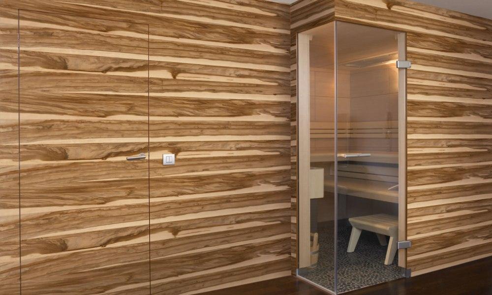 Монолитные стеновые панели c дверью