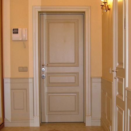 Входная дверь из дуба для коттеджа, модель i, стеновые панели буазери в эмали